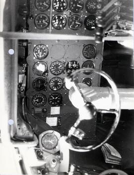 First pilot's flight instrument panel.