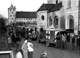 [Germany] : UNRRA 3117 Kloster Indersdorf, Germany -- The party for Switzerland departs from Klos...