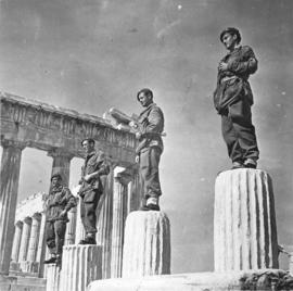 "Skytroops ""statues"" in Greece"